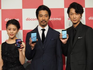 CMキャラクターの堤真一さん、綾野剛さん、高畑充希さんも登壇。