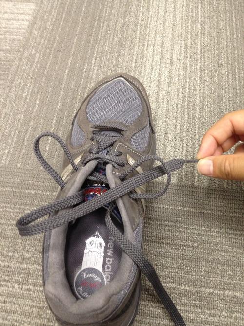 ニューバランス 靴ひも 靴紐 結び方
