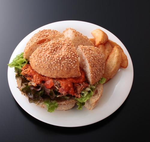 プルド・ポーク サンドイッチ