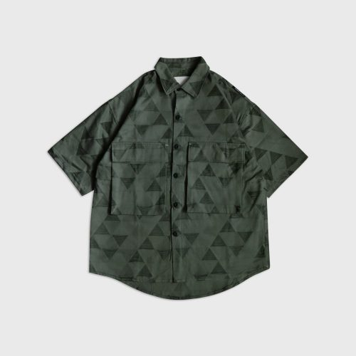 TRIANGLE JACQUARD PATCH POCKET SHIRT