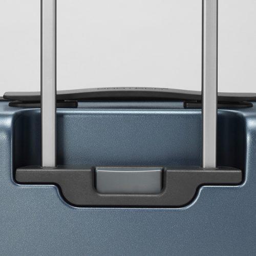 シリーズ累計9万本の大人気スーツケースに備わった新機能とは?