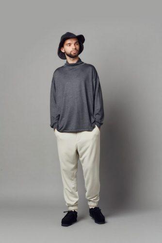 Wool mock neck shirt, Sweat pants, Hat(*KIJIMA TAKAYUKI), Wallabee GTX(*CLARKS)