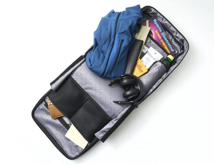 エース、爆売れ、ビジネスバッグ、リュック、バックパック、ガジェタブル、ノートPC収納、15.6インチPC、ON/OFF使える、撥水、テレワーク