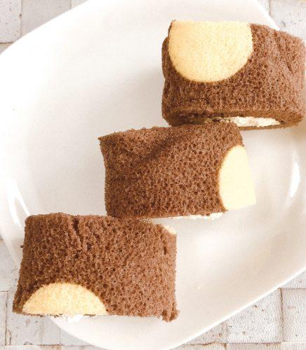 切れてるロールケーキ(チョコバナナ)