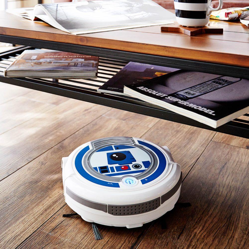 踊るように掃除をしてくれるロボットクリーナー「スター・ウォーズ」