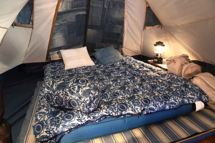 キャンプ コールマン スリーピングバッグ テント