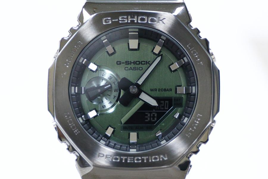 """カシオG-SHOCK""""カシオーク""""新作メタルカバード「GM-2100B-3AJF」ではメタリックなグリーン文字盤を採用"""