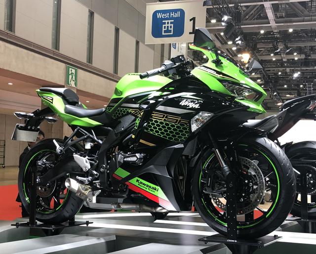 東京モーターショー Kawasaki Ninja ZX-25R カワサキ ニンジャ
