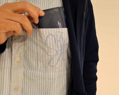e6994cb8a7 三万円以下の超個性派… 【使ってみた】いま大人気のミニ財布、人気を博した2型をまとめ…
