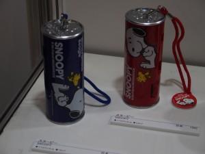 こちらも日本カメラ博物館コーナー。缶ジュースに模したカメラ。