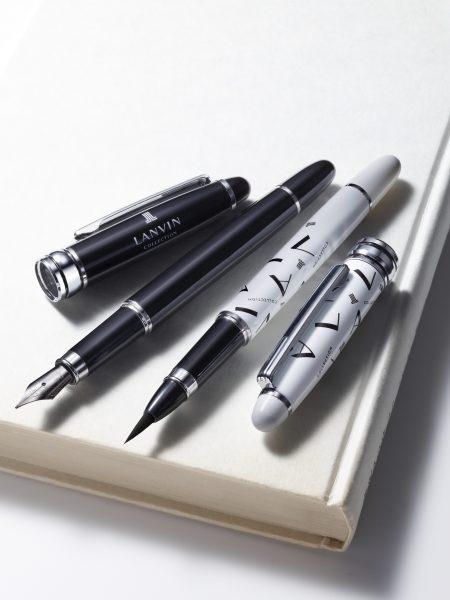 ランバン コレクションの万年筆と筆ペンが2本セットで付いてくる!【4月25日発売MonoMaster6月号特別付録】