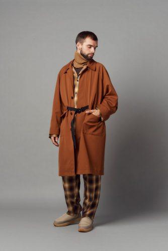 Belted balmacaan Coat