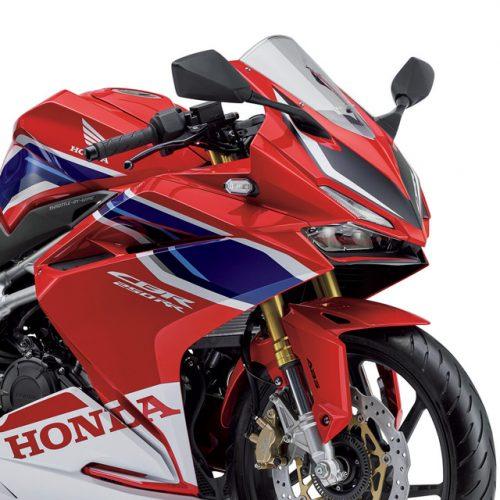 今選ぶなら断然250ccスポーツ!一緒に出かけたくなるバイク3選