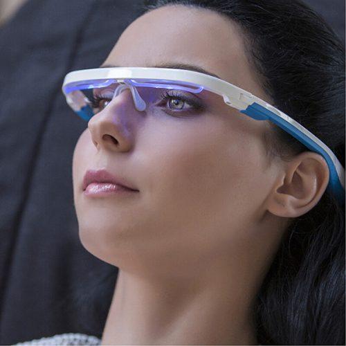 睡眠サイクルを調整して心地よい目覚めを!メガネ型デバイス「AYO」