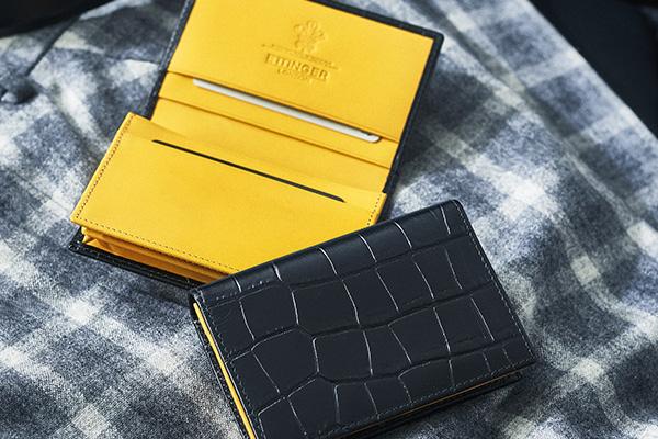 エッティンガー「極太マチカードケース」  \34,000 W11.4×H7.6×D2.2㎝。